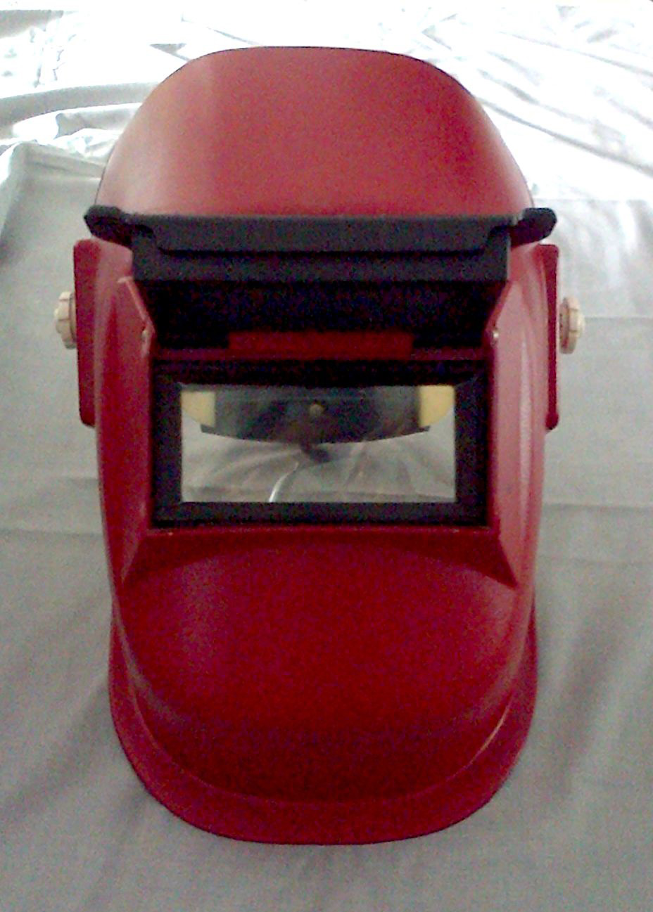 large2 Sellstrom Welding Helmet 290LF 2 inch x 4.25 inch Red PN.29371 2 edit